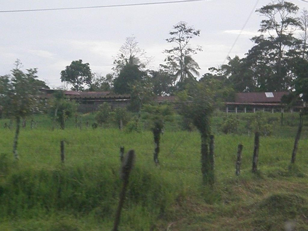 country side on the way to la fortuna